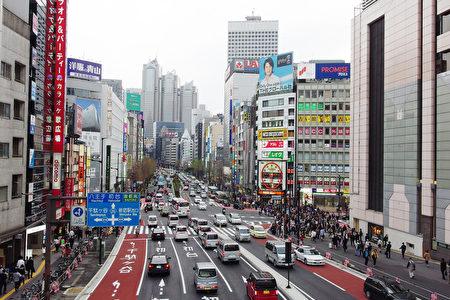 由于东京奥运让日本不断迎来更多外国游客,酒店、旅馆紧缺,日本政府也在积极推动民泊发展。因此,在中国投资者间,也掀起了民泊投资热。(卢勇/大纪元)