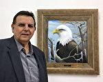 路易斯安那州画家Donald Edwards在纽约举办个人油画展《野生动物展》的开幕式上现身。(林南/大纪元)