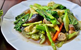 多吃芦笋等新鲜时蔬,可以很好地净化血液、减去冬日增加的体重。(shutterstock)