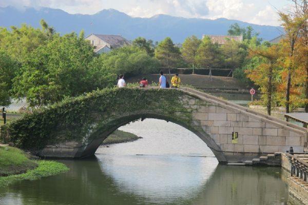宜兰河畔临水街桥。(吴雁门/大纪元)