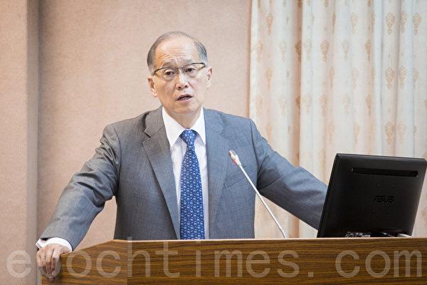 對於中共打壓台灣參與世界衛生大會(WHA),外交部長李大維22日表示,仍在積極溝通、爭取台灣援例參與WHA。(陳柏州/大紀元)