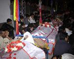 巴基斯坦一處市場31日發生汽車炸彈爆炸案,造成至少22人死,70人傷。(STR/AFP)