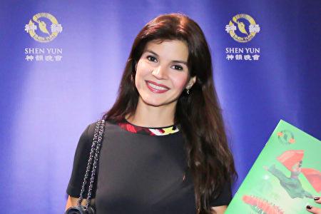 20-20170404-Medellin-NTDTV-Tala Restrepo-famous model