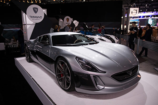 纽约国际车展,倩丽名车抢先看RIMAC。(戴兵/大纪元)