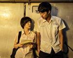 郭书瑶(左)主演《通灵少女》收视传佳绩,剧中她与蔡凡熙如天龙地虎般的身高差,引发网友热议。(公视提供)