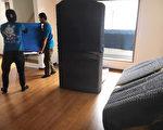 日本的專業搬家十分講究對家具電器和房屋地板、電梯的保護。(子義駅搬家公司提供)