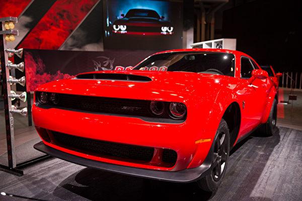 纽约国际车展新车发表,2018 Dodge Challenger SRT Demon 。(戴兵/大纪元)