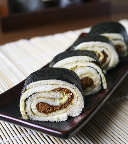 吐司寿司。(萝瑞娜提供)