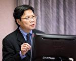 立法院日前发生反年改团体陈抗事件,立委质疑警方处理过当,内政部长叶俊荣24日表示,对于警方的努力及承担,给予高度的肯定。(陈柏州/大纪元)