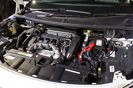 3008 BlueHDi 车型搭载完全符合Euro6欧盟六期环保法规之 1.6升BlueHDi高压共轨柴油引擎。(野上浩史/大纪元)