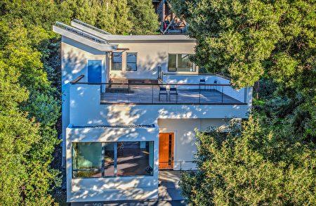 Mary 的上市房:3房2.5浴2,302平方呎,500 Tremont Ave, Point Richmond,開價150萬。(東灣房地產經紀Mary Mok提供)