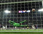 西班牙第266場國家德比,梅西第92分鐘絕殺,助巴薩客場3:2險勝皇馬。 ( David Ramos/Getty Images)