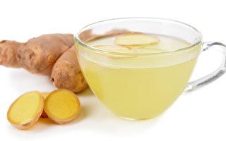 生姜峰蜜柠檬汁。(Fotolia)