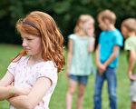 在孩子的日常生活中与别的小朋友发生冲突是最稀松平常的事。如果能学会有效处理冲突的方法和技能,孩子会与他人相处的更好。(Fotolia)