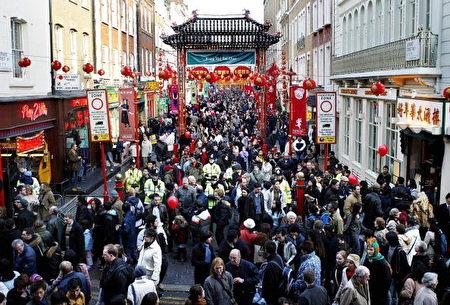 香港富豪李德义有意收购唐人街土地所有公司。(JIM WATSON/AFP/Getty Images)