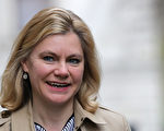 教育大臣格林寧主張,新的選拔性學校應該優先錄取中低收入家庭子女。( Christopher Furlong/Getty Images)