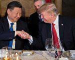 美国白宫、国会、军方针对朝鲜核武问题,动作频频;并敦促中方与联合国安理会制裁金正恩政权。美国白宫还透露北京已向朝鲜下通牒、要求朝鲜当局不要再进行核试。美、中等各方联手解决朝鲜核武问题已是势所必然。金正恩政权岌岌可危之际,外媒开始讨论金正恩倒台后继任人选以及朝鲜半岛局势走向话题。  ( JIM WATSON/AFP/Getty Images)