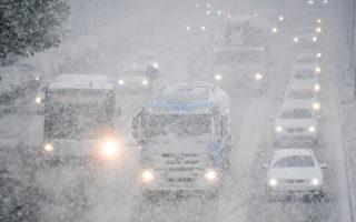 德國慕尼黑近日迎來了降雪。(TOBIAS HASE/AFP/Getty Images)