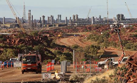 澳洲政府將限制天然氣出口,以解決國內天然氣價格飆升,導致一些製造企業面臨破產的問題。 (GREG WOOD/AFP/GettyImages)