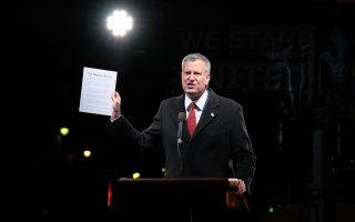 今年,纽约市长晒出了自家的税单。 (D Dipasupil/Getty Images)