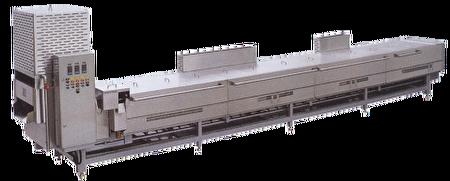 連續式油炸機搭配其他調理設備,協助團膳及中央廚房整廠規劃。(達圓企業提供)