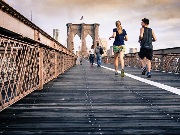 如果您身体出现提示早亡风险增加的标志物,您应立即着手改善健康。 (Curtis Mac Newton/Shutterstock)
