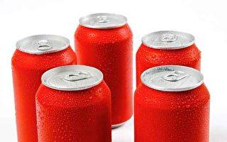 一项最新研究发现,喝健怡汽水(Diet Soda,又称无糖汽水),罹患中风和痴呆症的风险增加三倍。(fotolia)