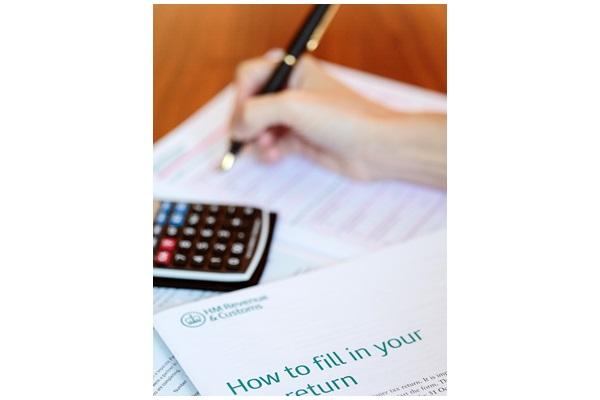 个人综合所得税申报季5月登场,需特别留意的情况有扶养亲属申报错误、所得申报错误,以及扣除额相关申报错误。(AFP)