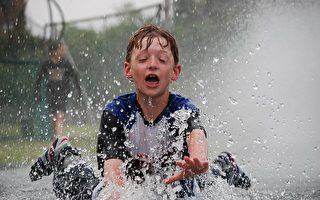 有从事中度或剧烈运动的儿童,比较不易有忧郁症状。(pixabay)