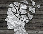 很多人認爲,記憶力變差、愛忘事只是因為人老了,其實,短期記憶喪失除了可能是失智症的表現,一些其它原因也可促成。(Lightspring/Shutterstock)