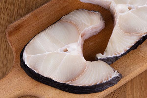 鲨鱼处于食物链上端,容易累积较多的汞污染。(Shutterstock)