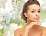 保养愈简单愈好,不需要太多的保养品往脸上堆叠,愈繁复的保养方式反而会让肌肤无法自然呼吸。(Fotolia)