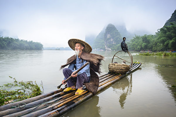 中国寓言:钓鱼记。(shutterstock)