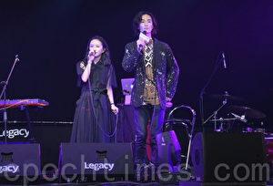 法兰黛乐团于2017年5月5日在台北举行新歌演唱会彩排。图左起为法兰、李英宏。(黄宗茂/大纪元)