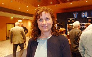 Jacqueline Neuhof觀賞了神韻世界藝術團5月10日在柏林波茨坦廣場劇院的最後一場演出。(文婧/大紀元)