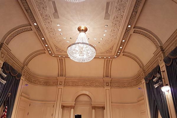 威尔独奏厅(Weill Recital Hall)是卡内基音乐厅的小厅,古朴肃穆。(作者提供)