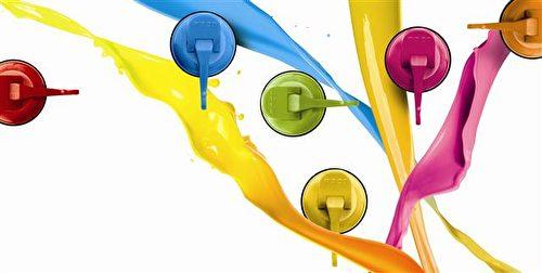 FECA色彩缤纷的各式挂勾,适合搭配家庭各空间布置美化喔。(FECA提供)