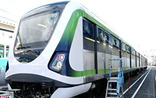 台中捷運共採購18列車電聯車,其中9列車由日本原裝進口,另9列車則採技術轉移方式,預計今年底前可完成所有捷運車輛交車。(台中市政府提供)