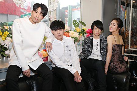 2017年5月9日,「LIR」於台北舉行新專輯記者會,正式與台灣媒體見面。圖為鄧佑剛_李礎業_王友良_松岡李那。(KING Enterprises (International) Limited提供)