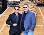 好莱坞巨星汤姆·克鲁斯(Tom Cruise)与奥斯卡影帝拉塞尔·克罗(Russell Crowe)出席新片《新木乃伊》(The Mummy)在悉尼的首映式。(WILLIAM WEST/AFP/Getty Images)