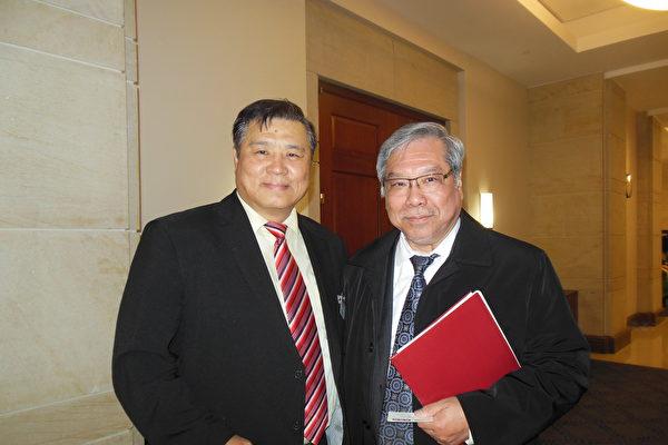 加拿大聯邦參議員吳藍海(Ngo Thanh Hai)(右)近日抵美,參加在美國參議院舉行的一個人權活動。(李辰/大紀元)