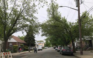 案發的社區比較清靜,附近居民說平時治安良好。 (林丹/大紀元)