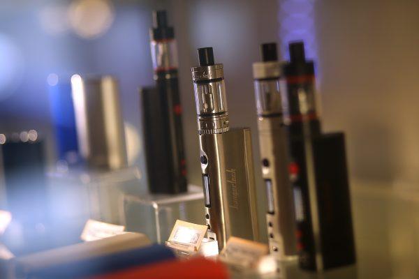 央視炮製「美國首例電子菸致死案」 為巨無霸國企開路?