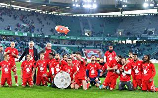 拜仁慕尼黑客场6:0大胜狼堡,提前三轮获得德甲冠军。(Stuart Franklin/Bongarts/Getty Images)