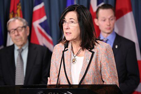 新民主党国会议员、国会国际人权委员会副主席Cheryl Hardcastle在发言中说,加拿大有自己的标准,包括宗教自由及个人追求信仰的自由。联邦政府保持沉默,这办法不可接受。(任侨生/大纪元)