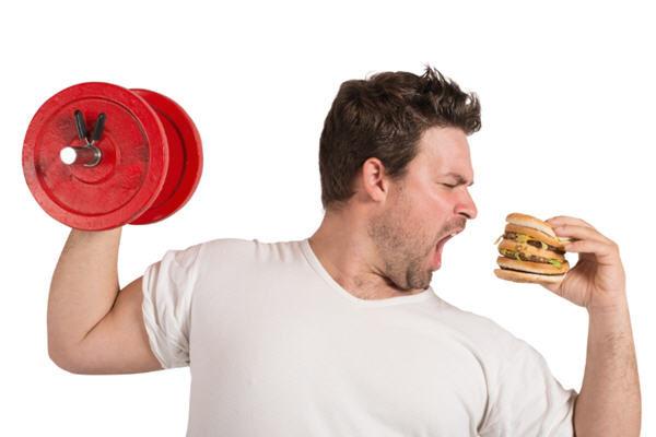飲食雖是人人必須的,也是人之大慾,可還是必須懂得取中不過度,節制為好。(Fotolia)