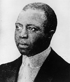 斯科特·乔普林像(1868 - 1917). 他的歌剧Treemonisha虽然在世时不被认可,但去世后获广泛认同。1976年,乔普林因此被追加普利策奖。( Hulton Archive/Getty Images)