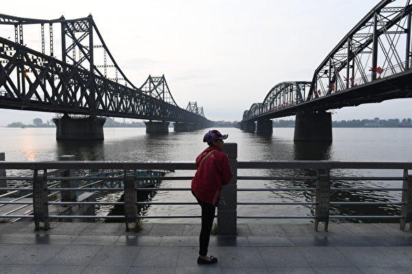 中国制服装竟来自朝鲜 平壤规避制裁大曝光