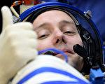 法國宇航員比斯求特目前是國際空間站中最年輕的歐洲宇航員。(KIRILL KUDRYAVTSEV/AFP/Getty Images)