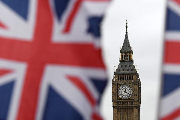19个使用欧元的经济体——也就是欧元区,在2017年第一季度环比增长0.5%。这超过了英国0.3%的增长速度。 (Carl Court/Getty Images)